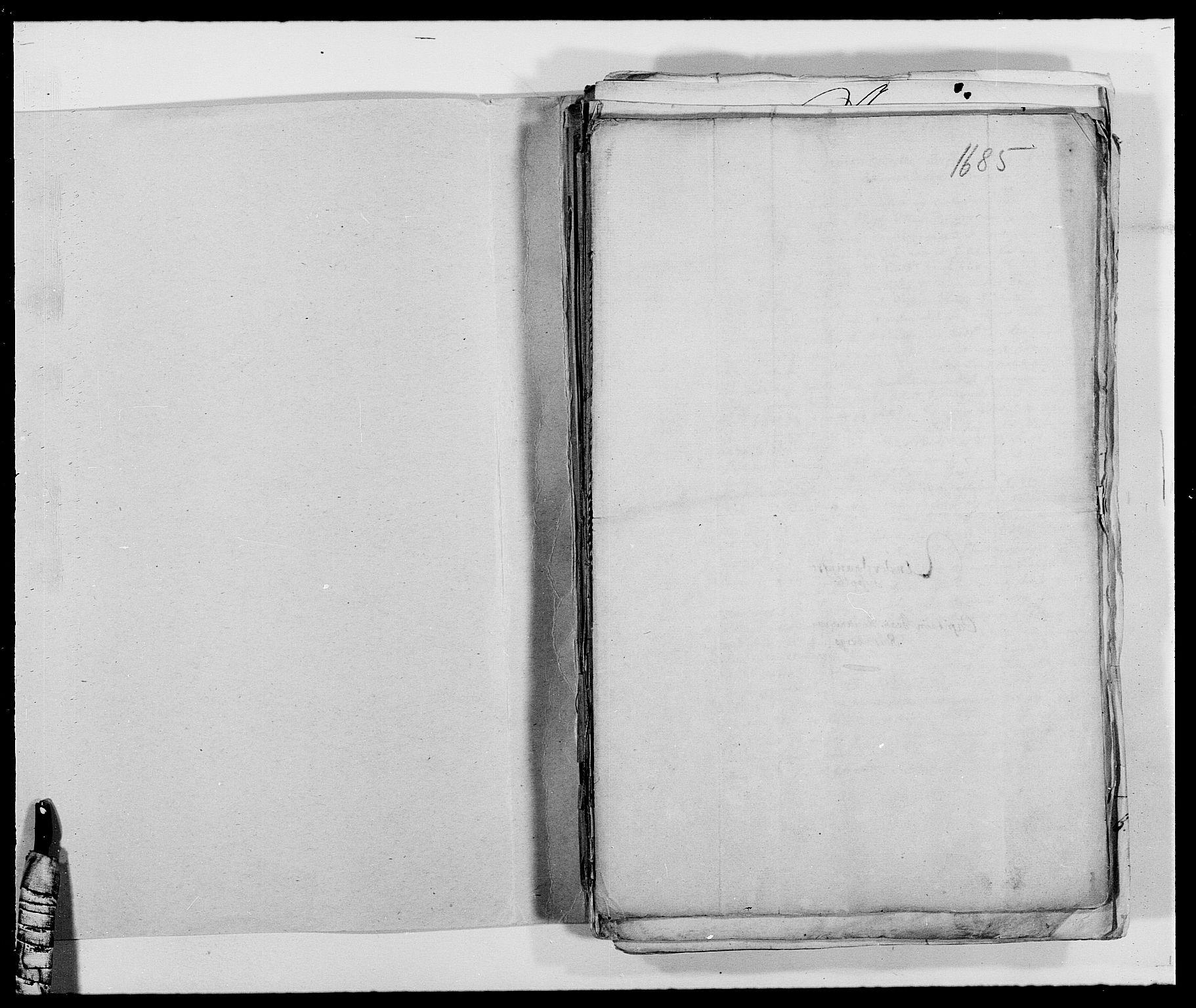 RA, Rentekammeret inntil 1814, Reviderte regnskaper, Fogderegnskap, R39/L2308: Fogderegnskap Nedenes, 1684-1689, s. 185