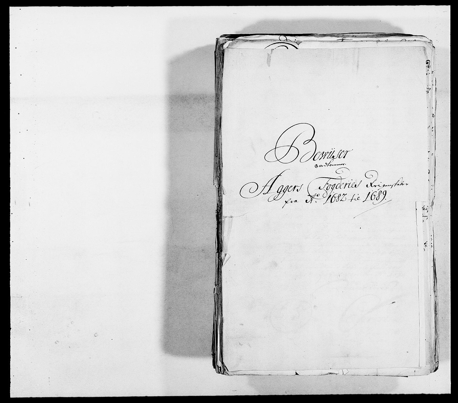 RA, Rentekammeret inntil 1814, Reviderte regnskaper, Fogderegnskap, R08/L0424: Fogderegnskap Aker, 1682-1689, s. 2
