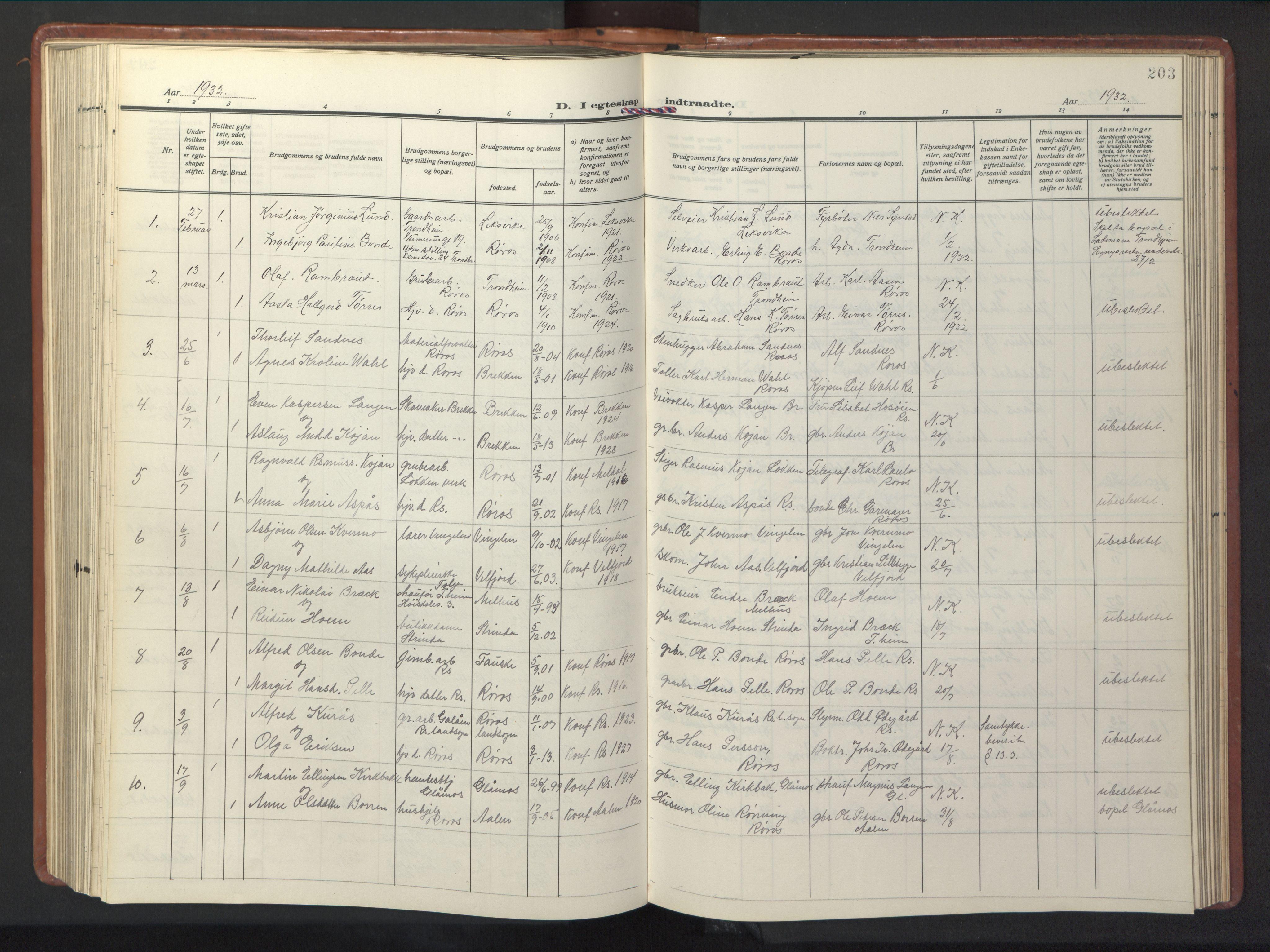SAT, Ministerialprotokoller, klokkerbøker og fødselsregistre - Sør-Trøndelag, 681/L0943: Klokkerbok nr. 681C07, 1926-1954, s. 203