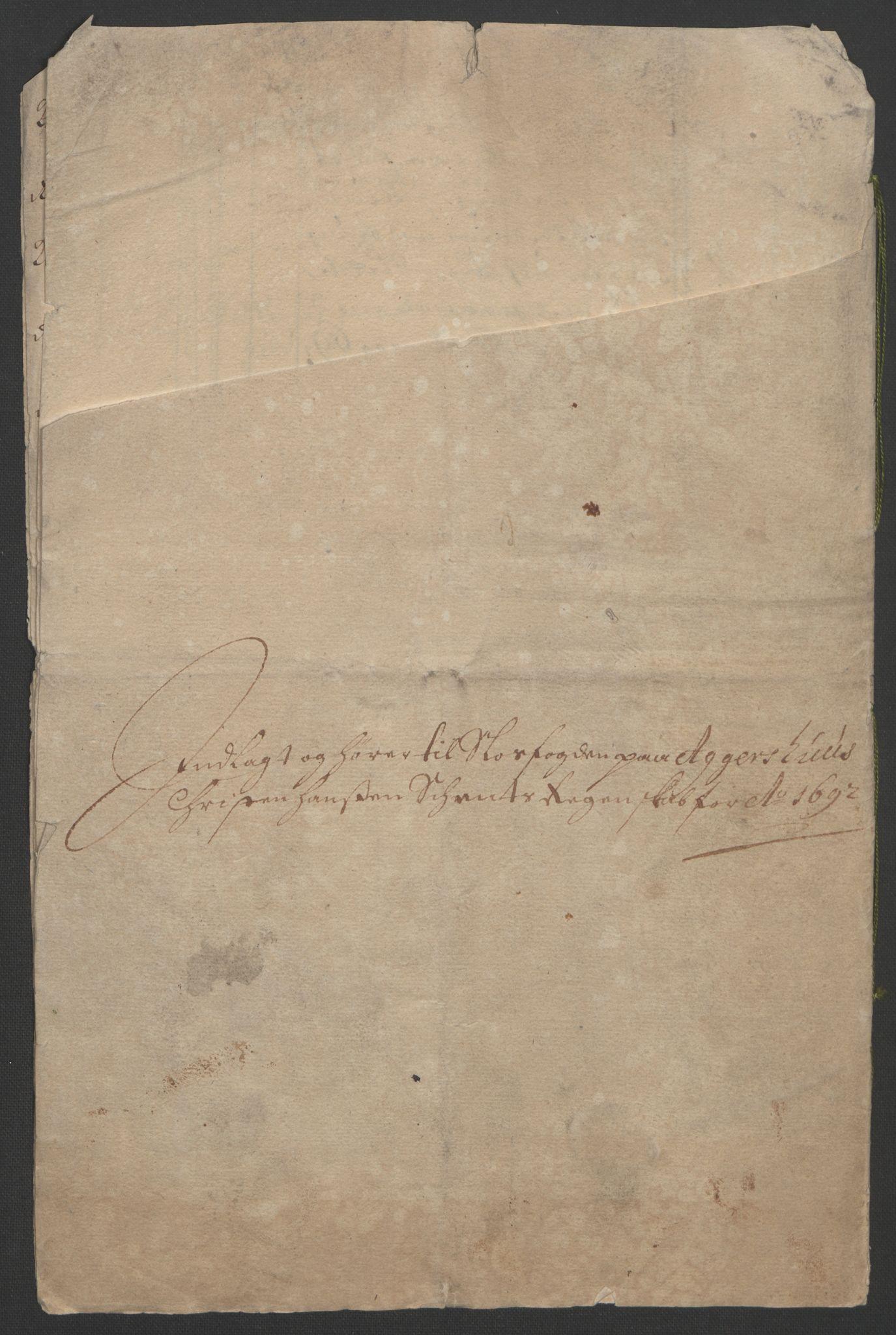RA, Rentekammeret inntil 1814, Reviderte regnskaper, Fogderegnskap, R08/L0426: Fogderegnskap Aker, 1692-1693, s. 261