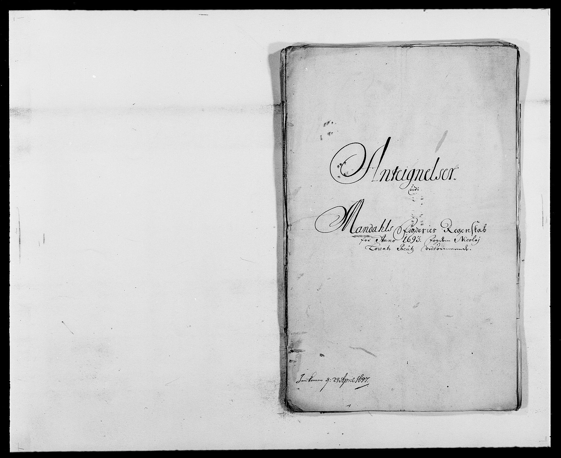 RA, Rentekammeret inntil 1814, Reviderte regnskaper, Fogderegnskap, R42/L2544: Mandal fogderi, 1692-1693, s. 266