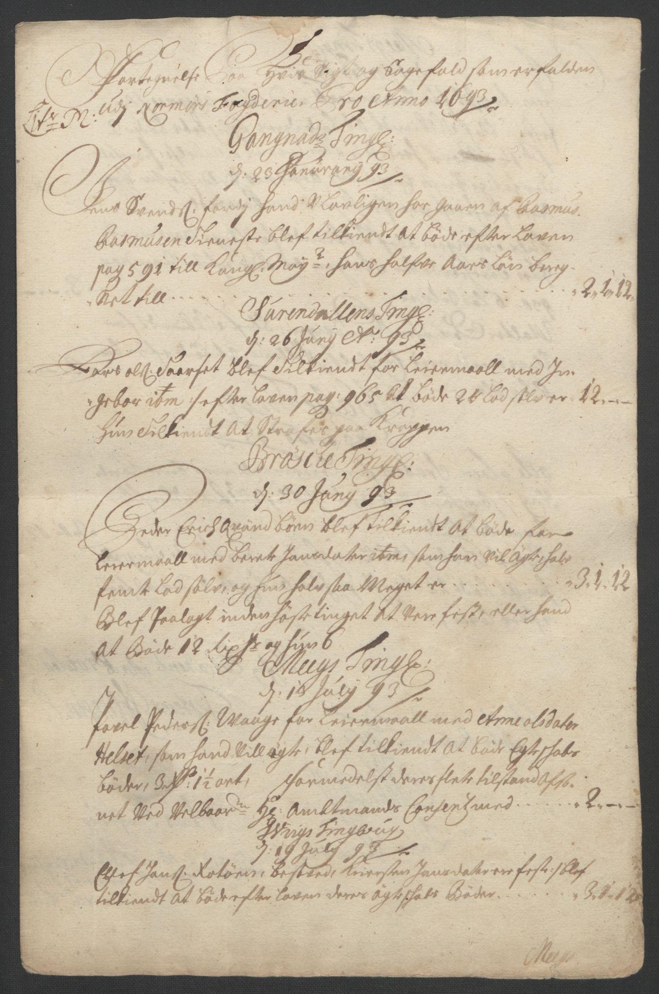 RA, Rentekammeret inntil 1814, Reviderte regnskaper, Fogderegnskap, R56/L3735: Fogderegnskap Nordmøre, 1692-1693, s. 375