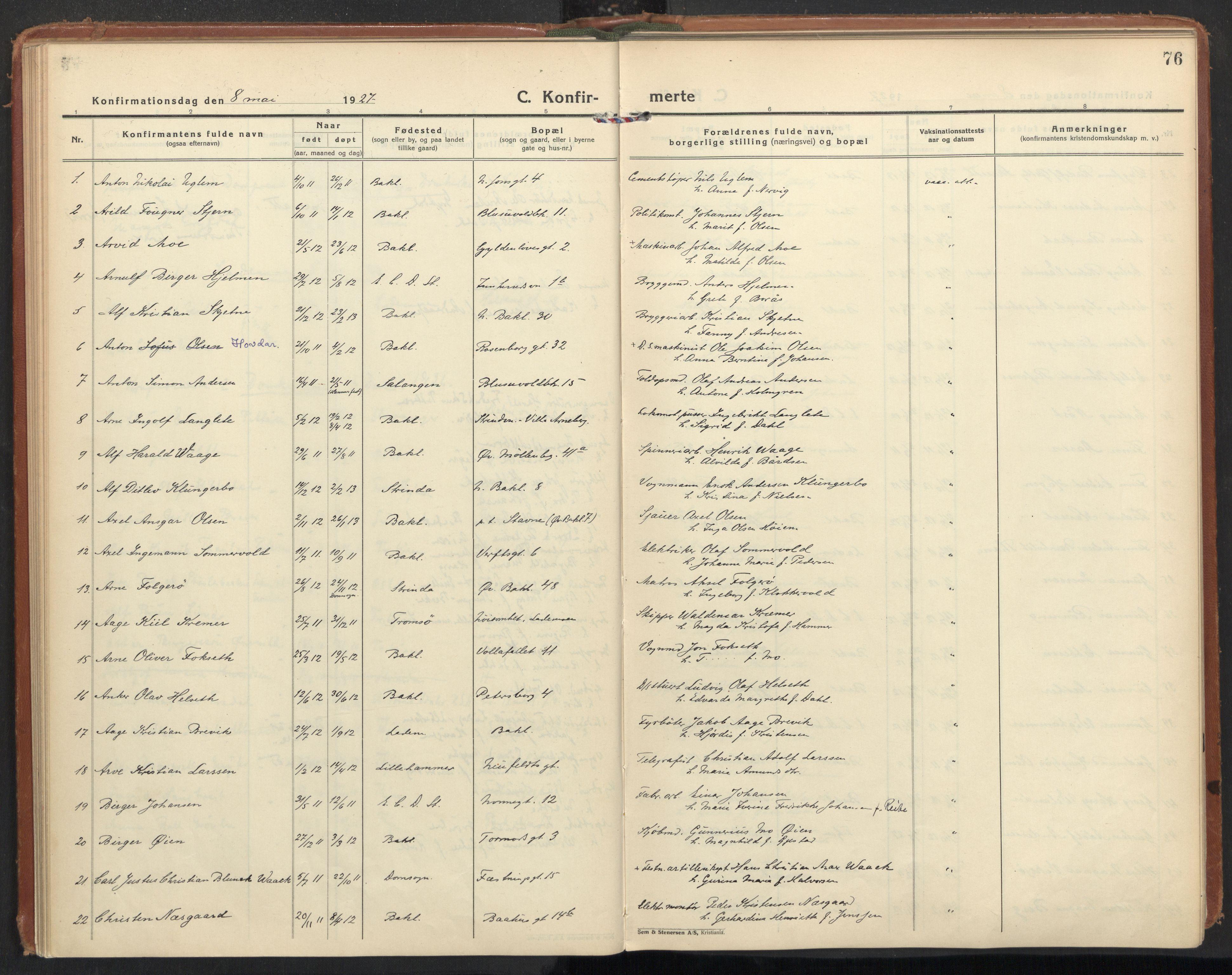 SAT, Ministerialprotokoller, klokkerbøker og fødselsregistre - Sør-Trøndelag, 604/L0208: Ministerialbok nr. 604A28, 1923-1937, s. 76