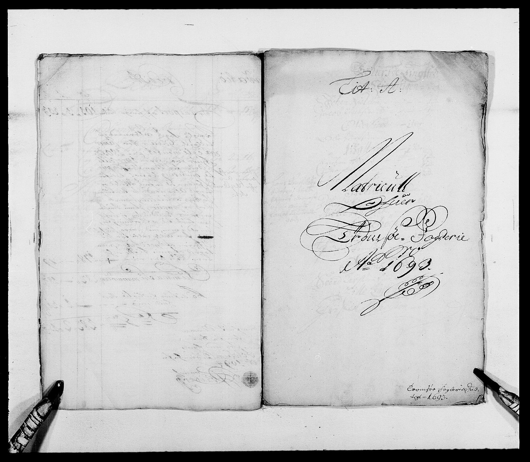 RA, Rentekammeret inntil 1814, Reviderte regnskaper, Fogderegnskap, R68/L4751: Fogderegnskap Senja og Troms, 1690-1693, s. 286
