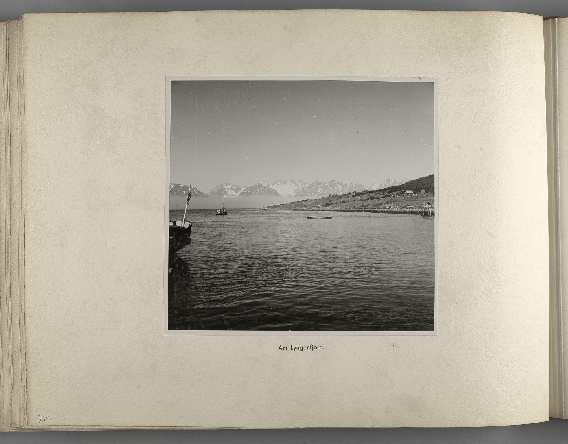 RA, Tyske arkiver, Reichskommissariat, Bildarchiv, U/L0071: Fotoalbum: Mit dem Reichskommissar nach Nordnorwegen und Finnland 10. bis 27. Juli 1942, 1942, s. 88