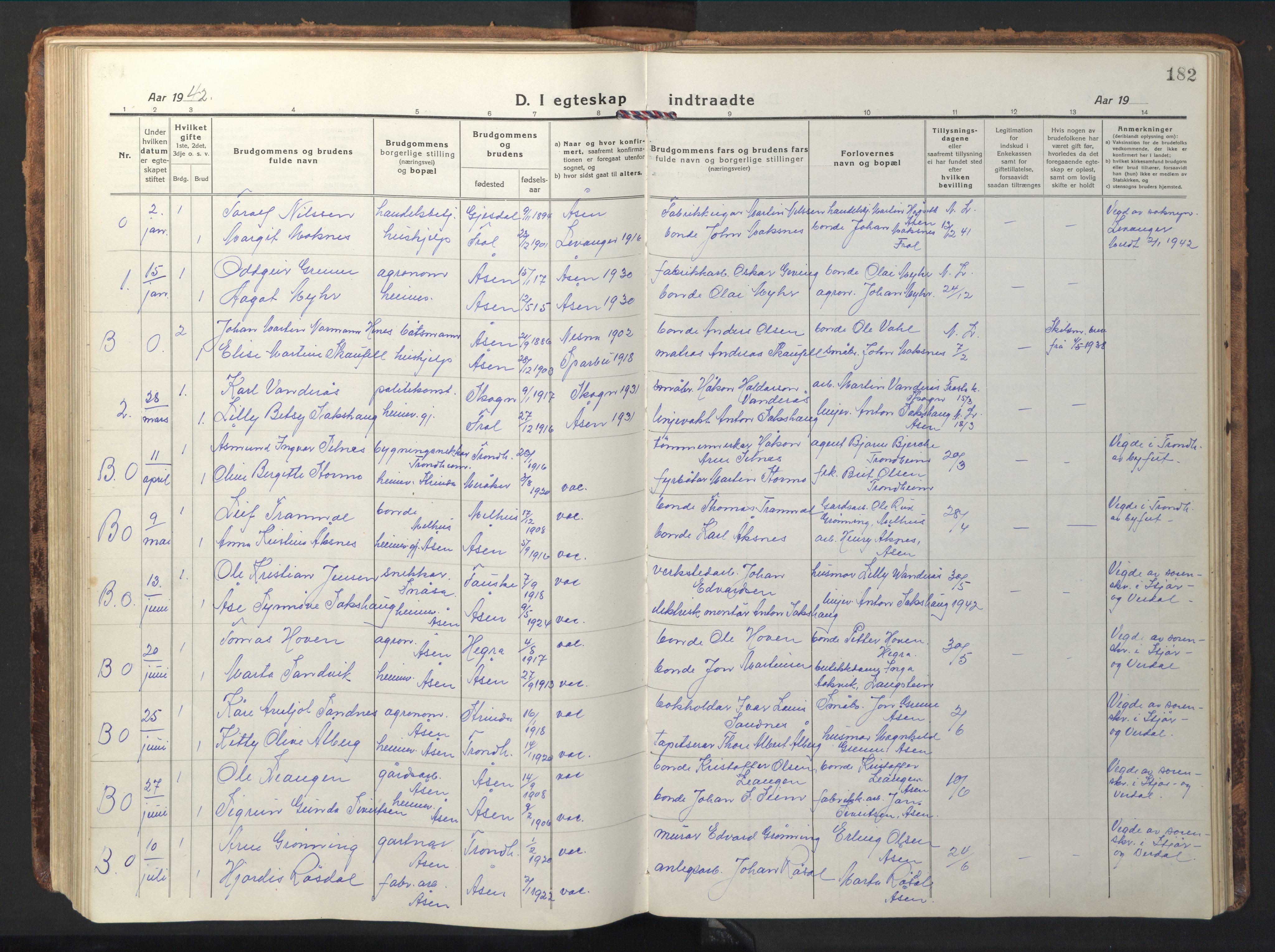 SAT, Ministerialprotokoller, klokkerbøker og fødselsregistre - Nord-Trøndelag, 714/L0136: Klokkerbok nr. 714C05, 1918-1957, s. 182