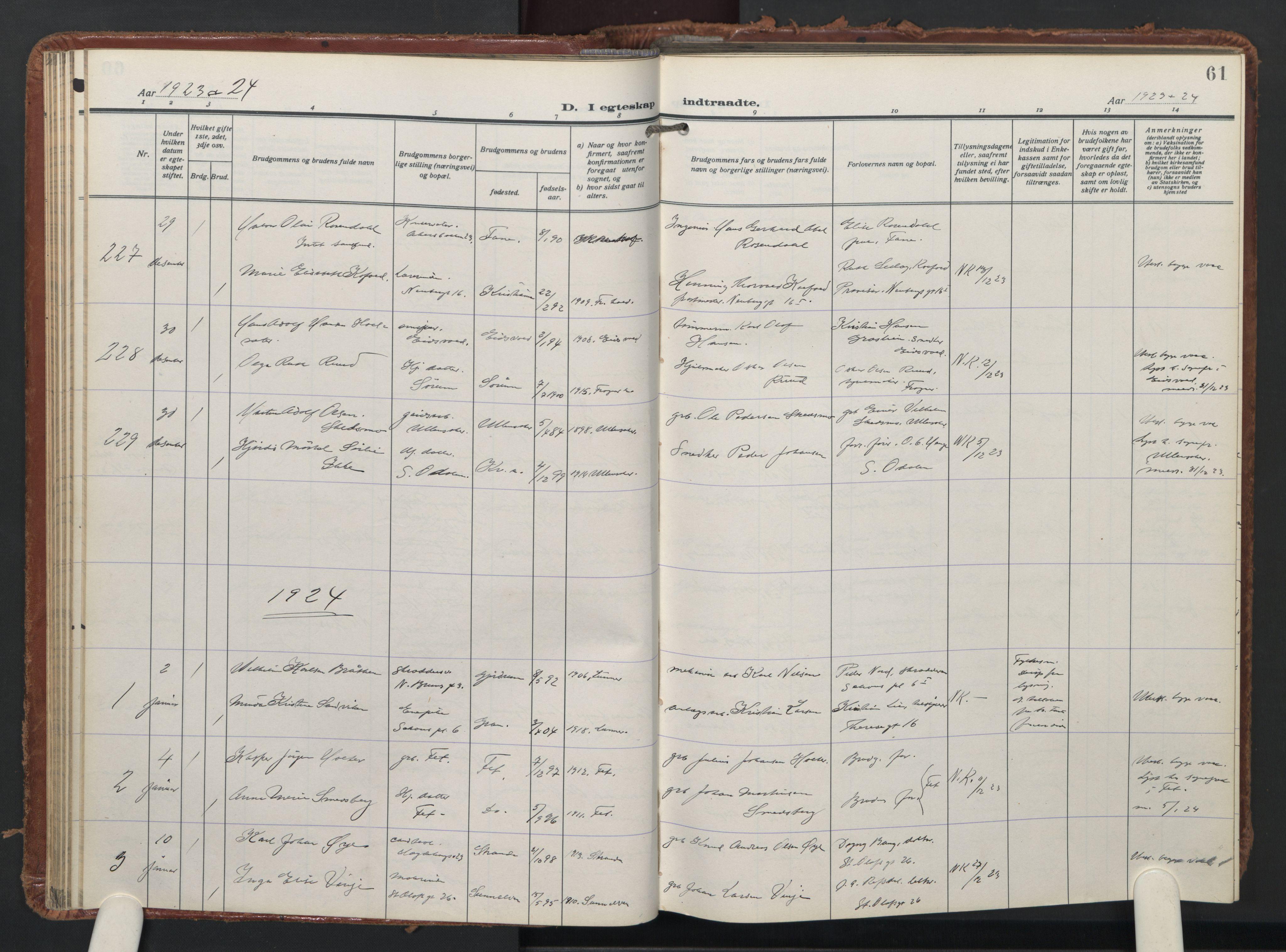 SAO, Trefoldighet prestekontor Kirkebøker, F/Fc/L0009: Ministerialbok nr. III 9, 1922-1936, s. 61