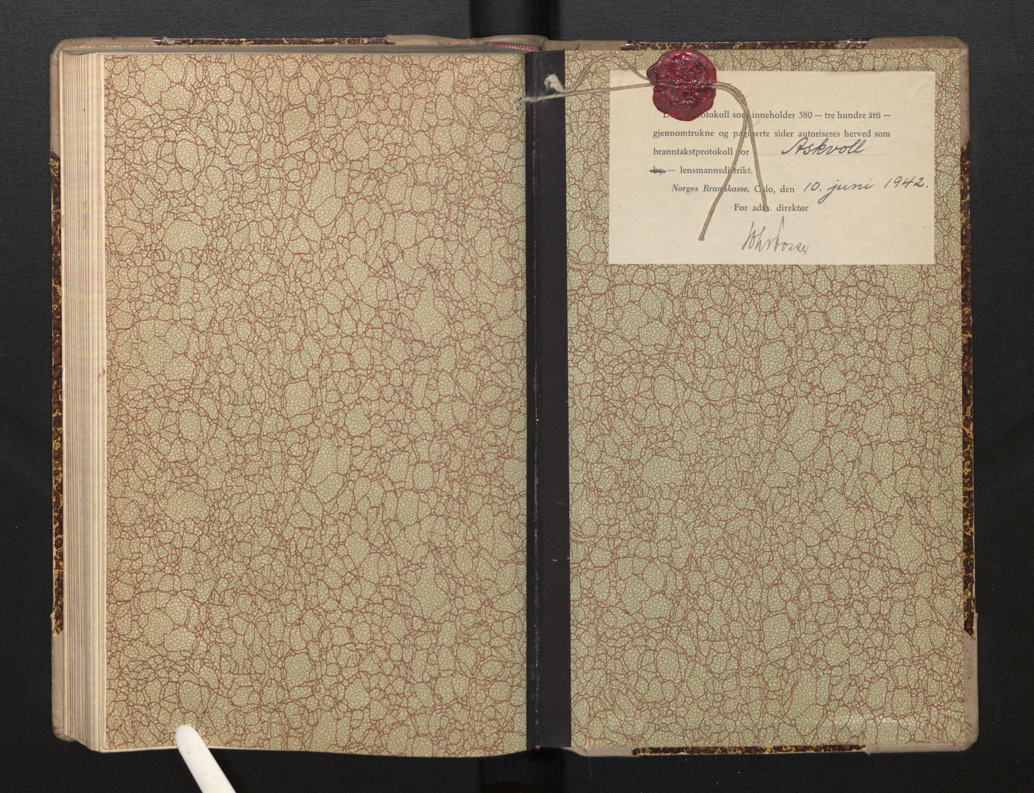 SAB, Lensmannen i Askvoll, 0012/L0002: Branntakstprotokoll, 1942-1952