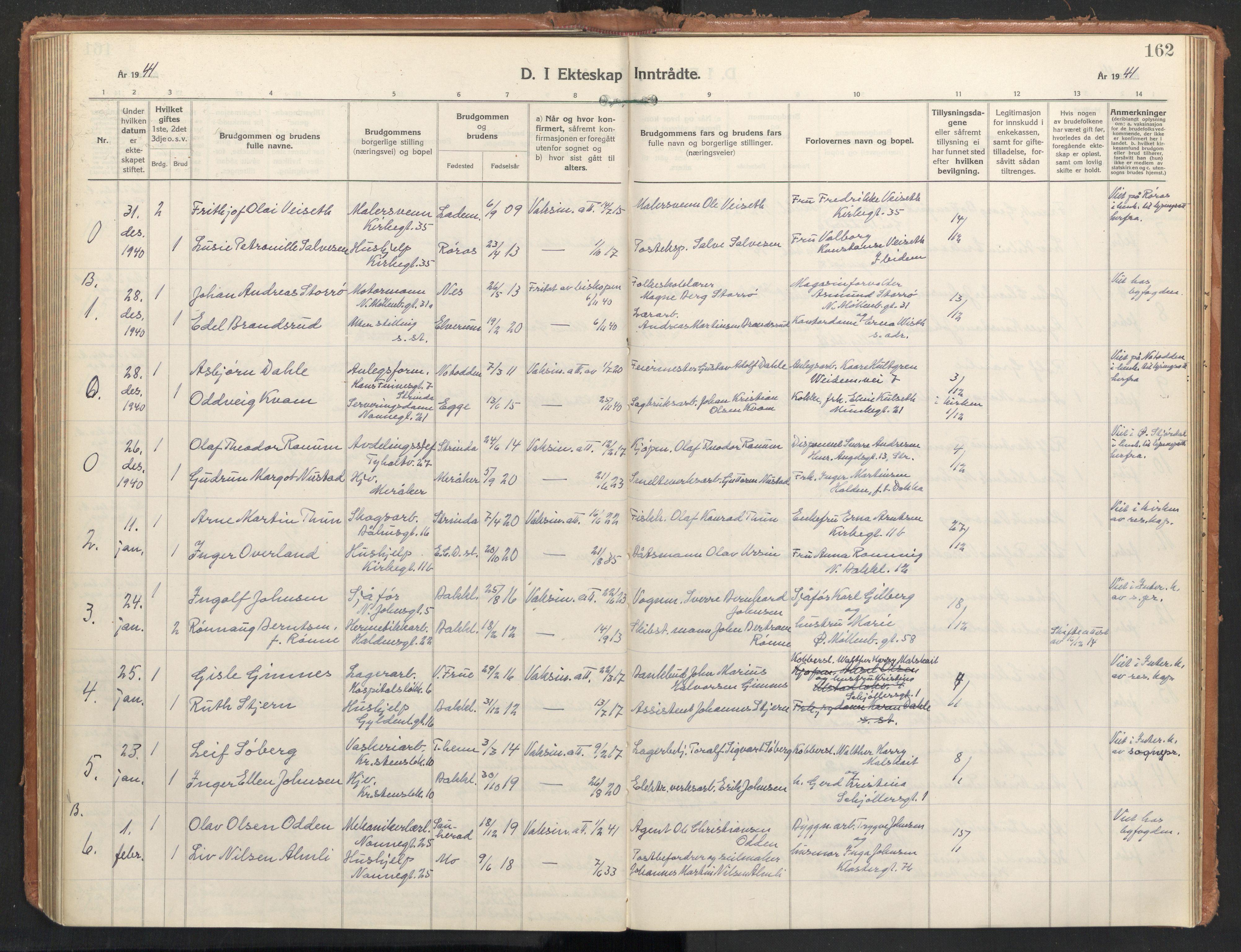 SAT, Ministerialprotokoller, klokkerbøker og fødselsregistre - Sør-Trøndelag, 604/L0209: Ministerialbok nr. 604A29, 1931-1945, s. 162