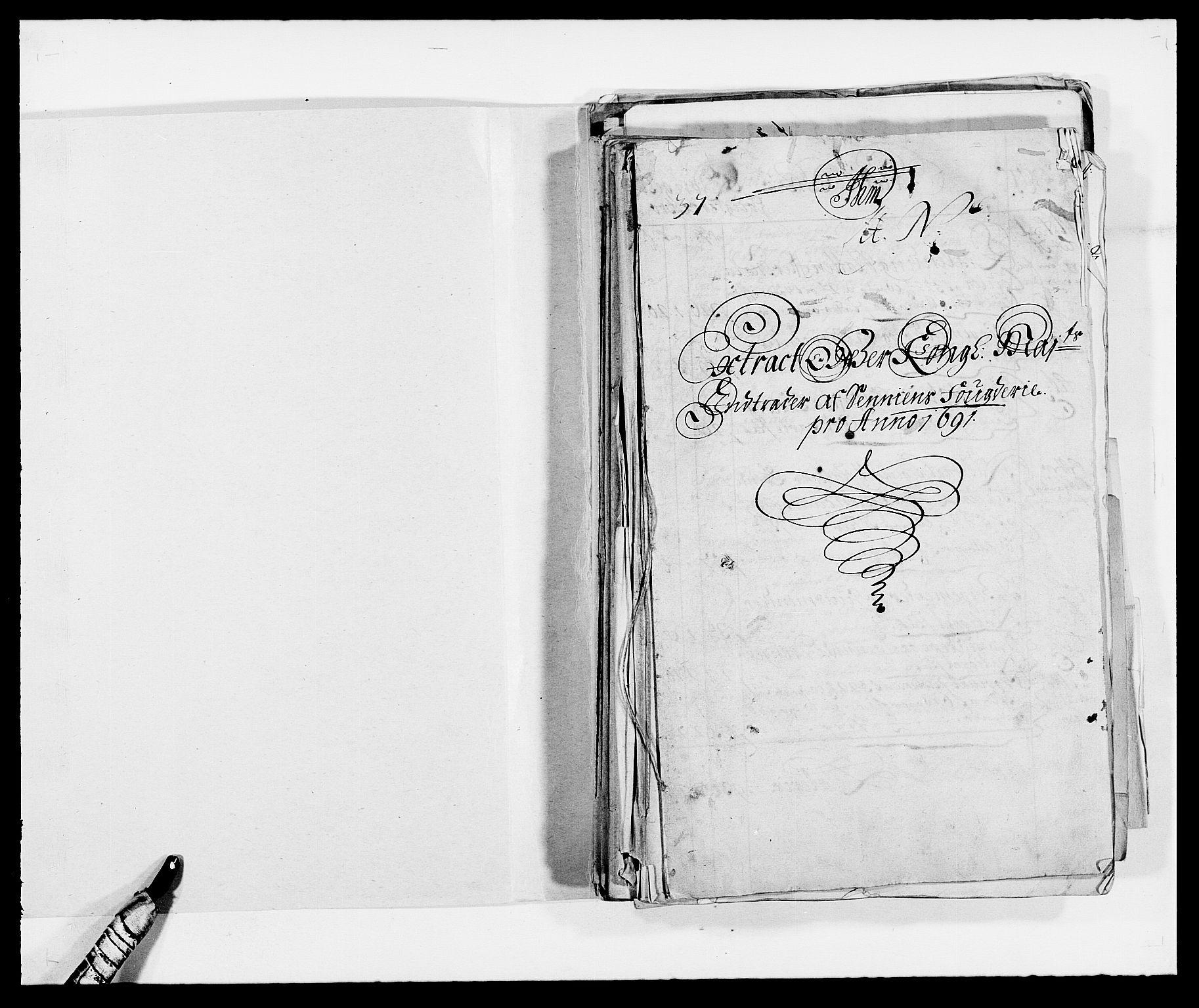 RA, Rentekammeret inntil 1814, Reviderte regnskaper, Fogderegnskap, R68/L4752: Fogderegnskap Senja og Troms, 1691-1693, s. 2