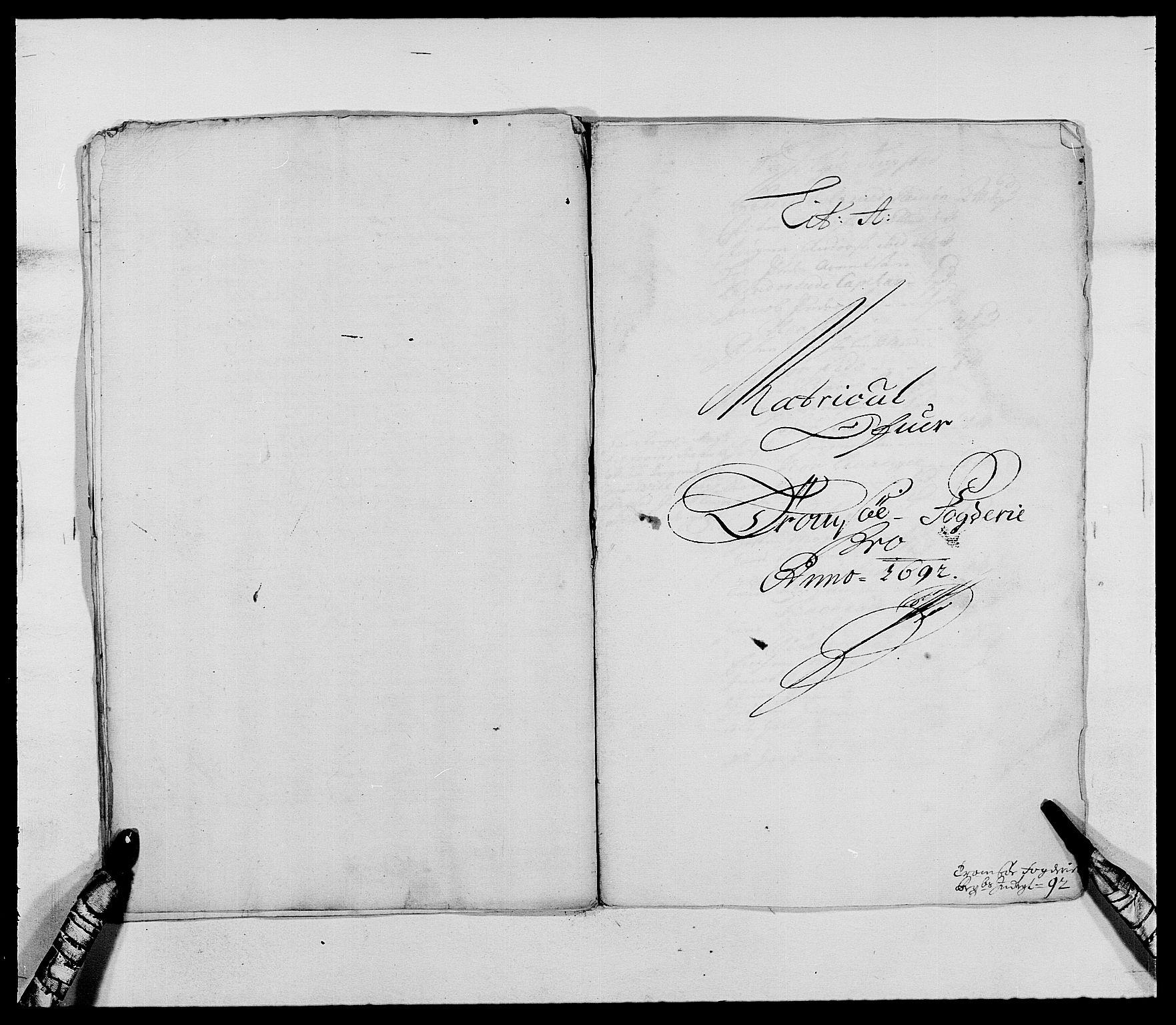 RA, Rentekammeret inntil 1814, Reviderte regnskaper, Fogderegnskap, R68/L4751: Fogderegnskap Senja og Troms, 1690-1693, s. 146