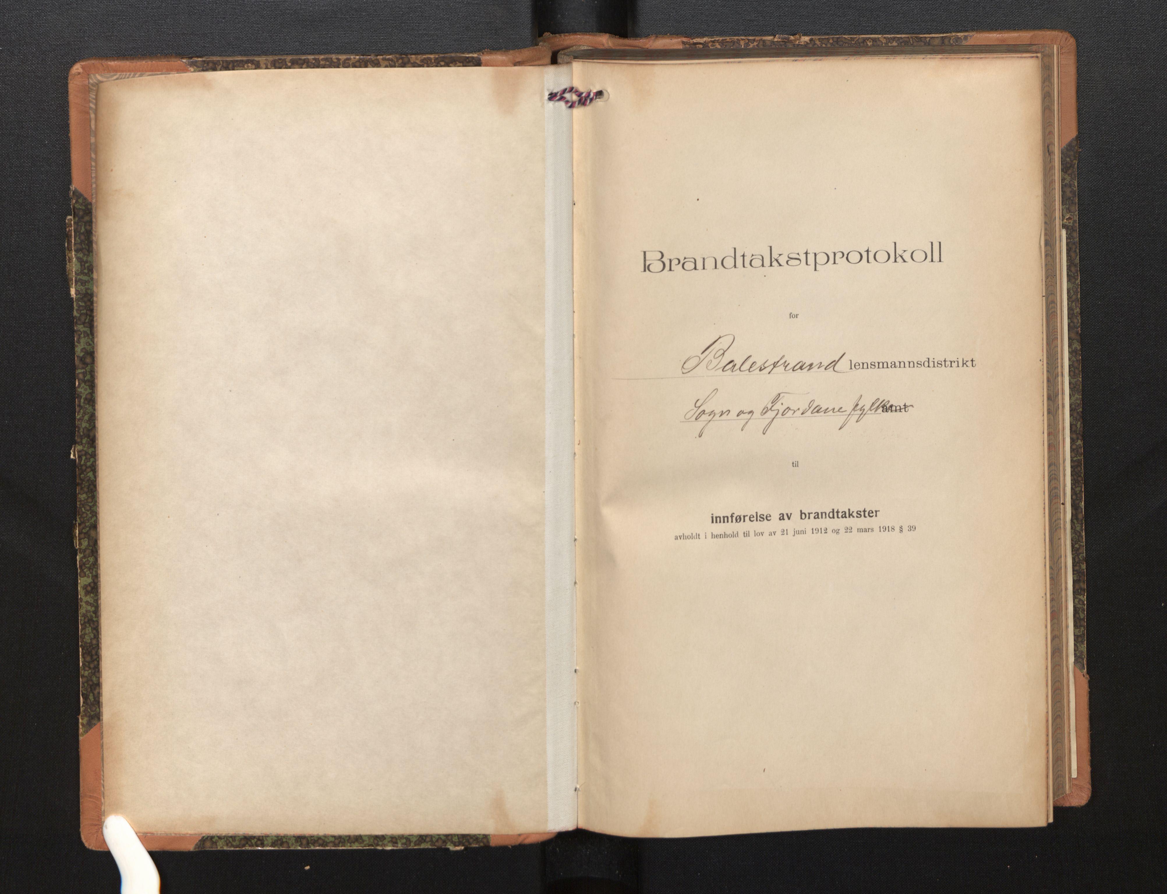 SAB, Lensmannen i Balestrand, 0012/L0003: Branntakstprotokoll, skjematakst, 1920-1955
