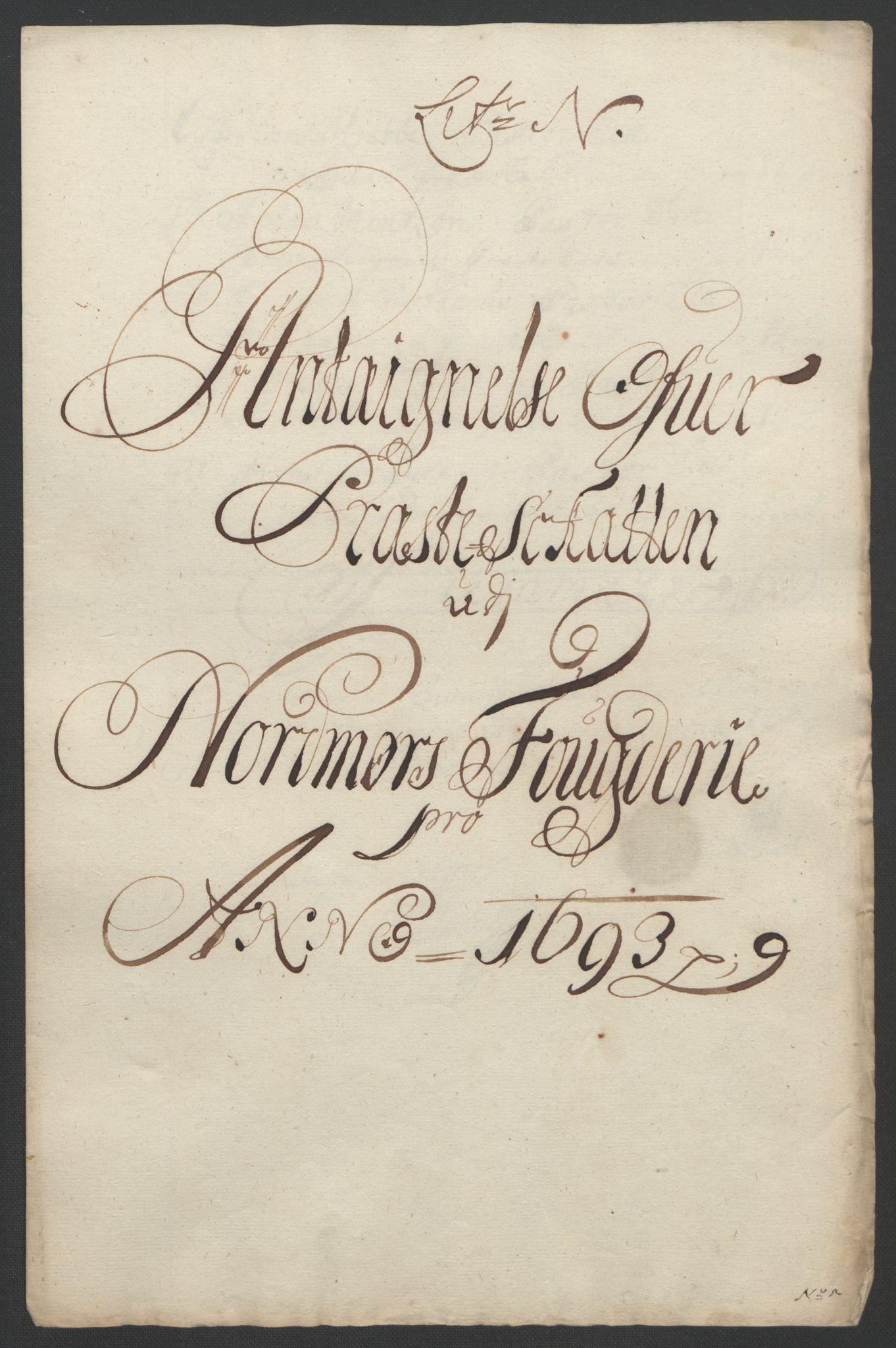 RA, Rentekammeret inntil 1814, Reviderte regnskaper, Fogderegnskap, R56/L3735: Fogderegnskap Nordmøre, 1692-1693, s. 378