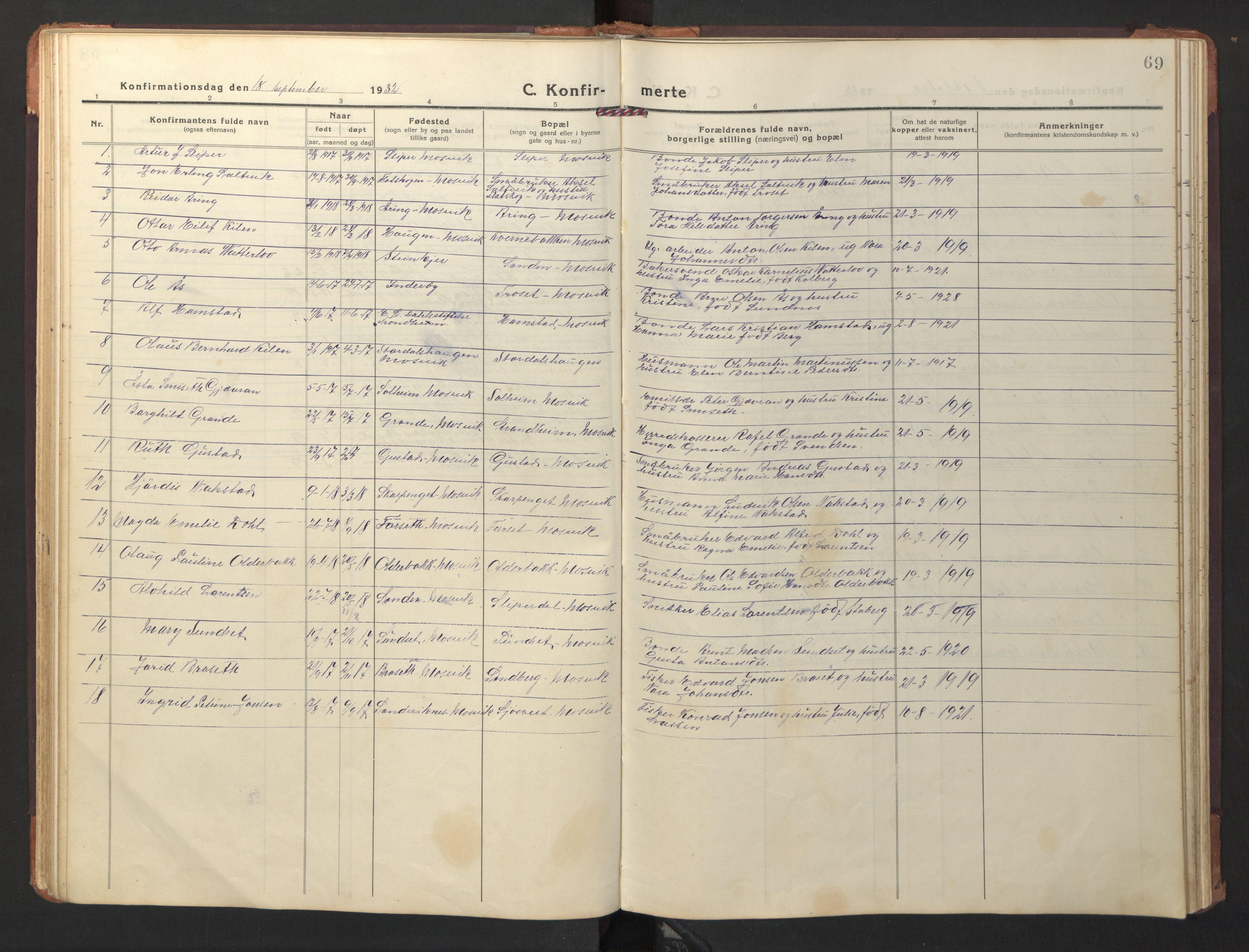 SAT, Ministerialprotokoller, klokkerbøker og fødselsregistre - Nord-Trøndelag, 733/L0328: Klokkerbok nr. 733C03, 1919-1966, s. 69