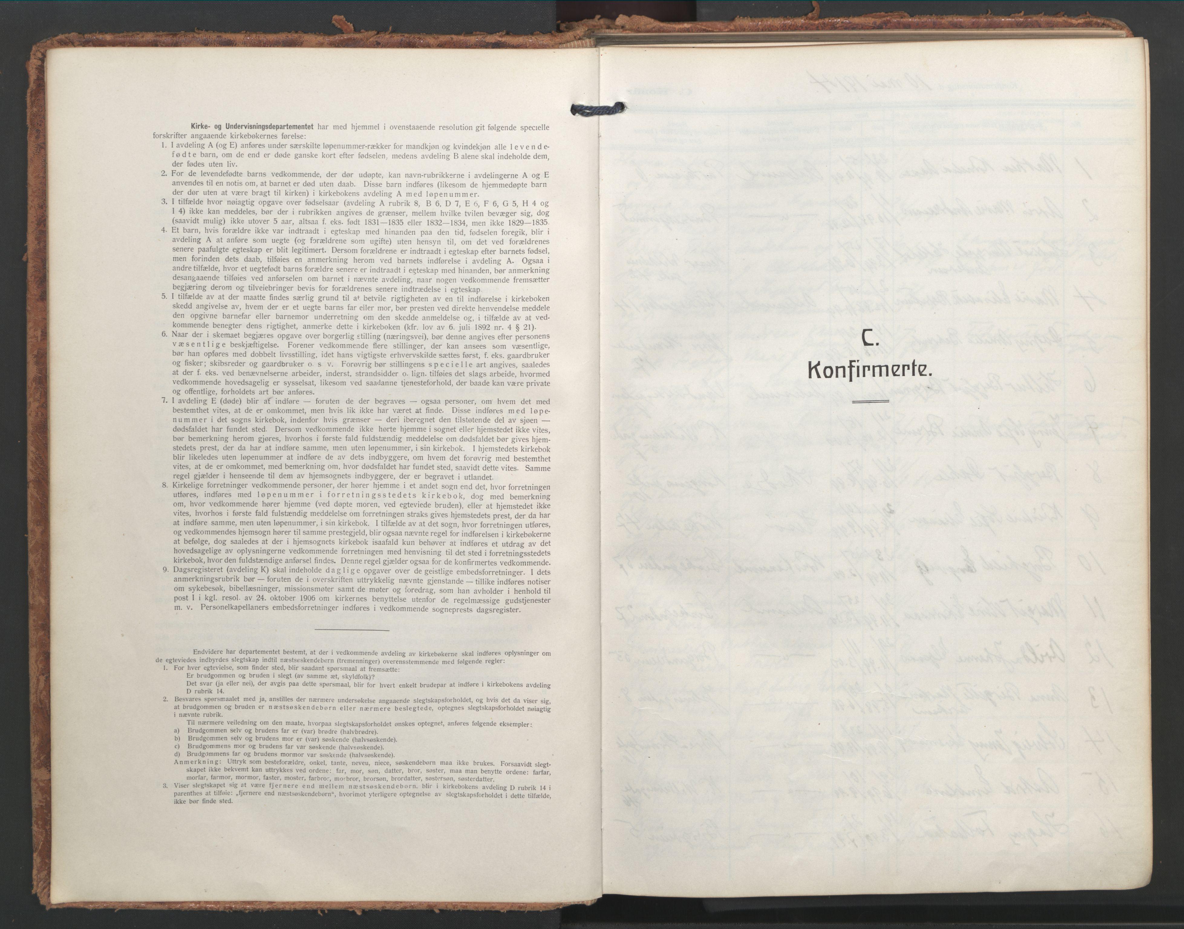 SAT, Ministerialprotokoller, klokkerbøker og fødselsregistre - Møre og Romsdal, 529/L0461: Ministerialbok nr. 529A11, 1914-1925