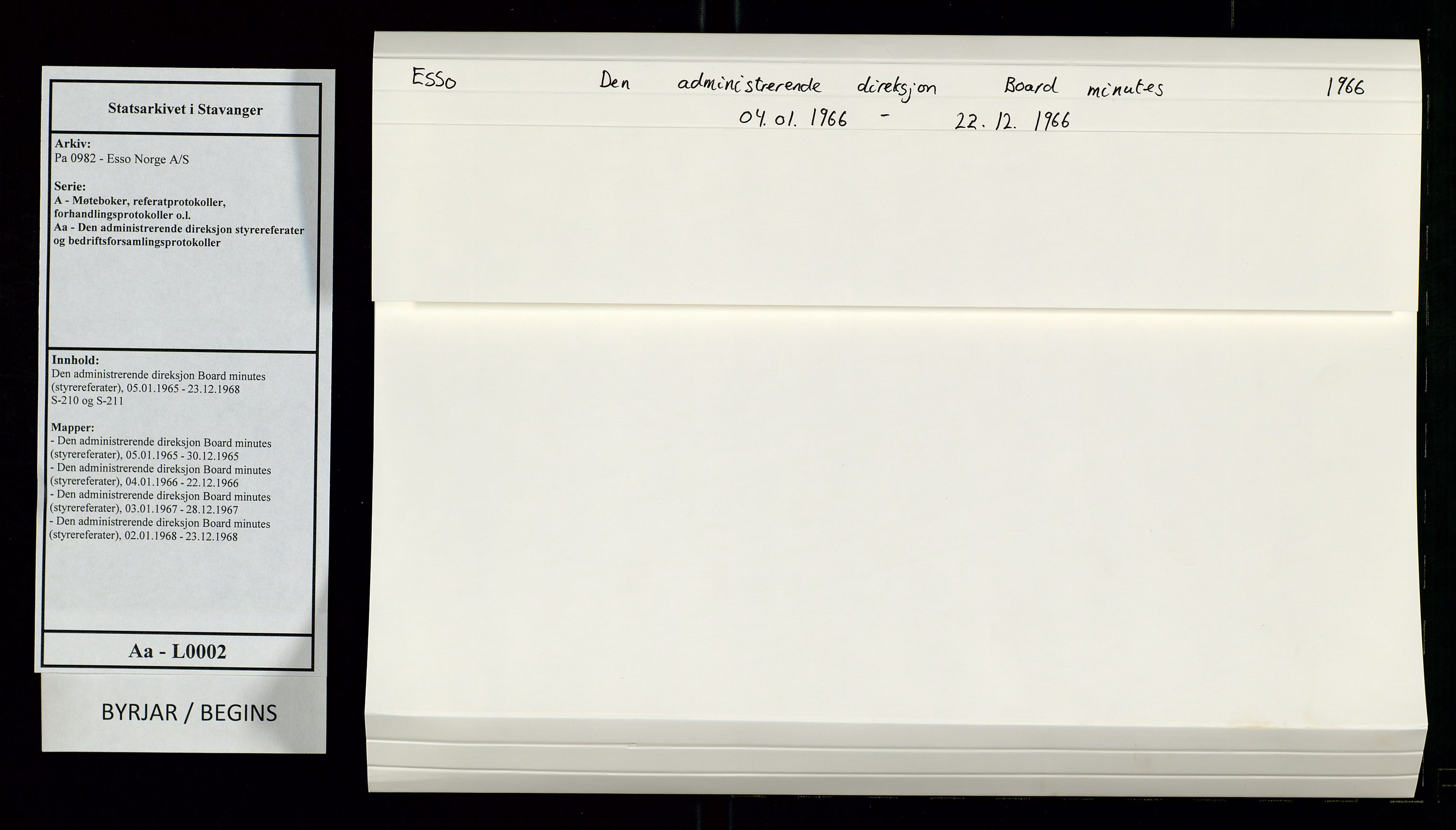 SAST, Pa 0982 - Esso Norge A/S, A/Aa/L0002: Den administrerende direksjon Board minutes (styrereferater), 1966, s. 1
