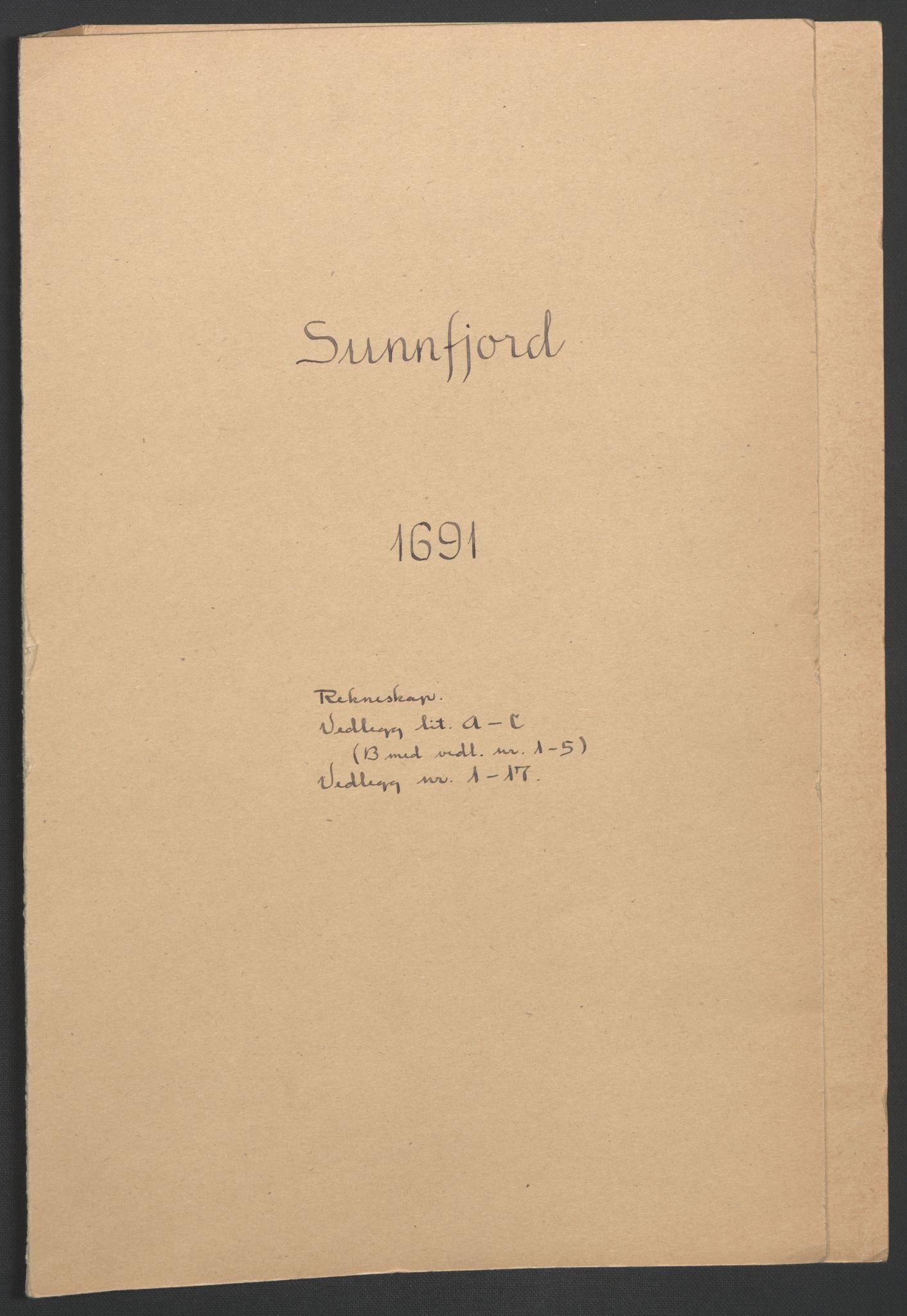 RA, Rentekammeret inntil 1814, Reviderte regnskaper, Fogderegnskap, R53/L3420: Fogderegnskap Sunn- og Nordfjord, 1691-1692, s. 2
