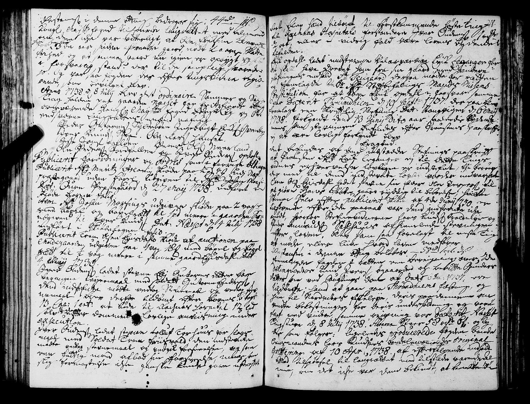 SAT, Romsdal sorenskriveri, 1/1A/L0011: Tingbok, 1732-1740, s. 217b-218a