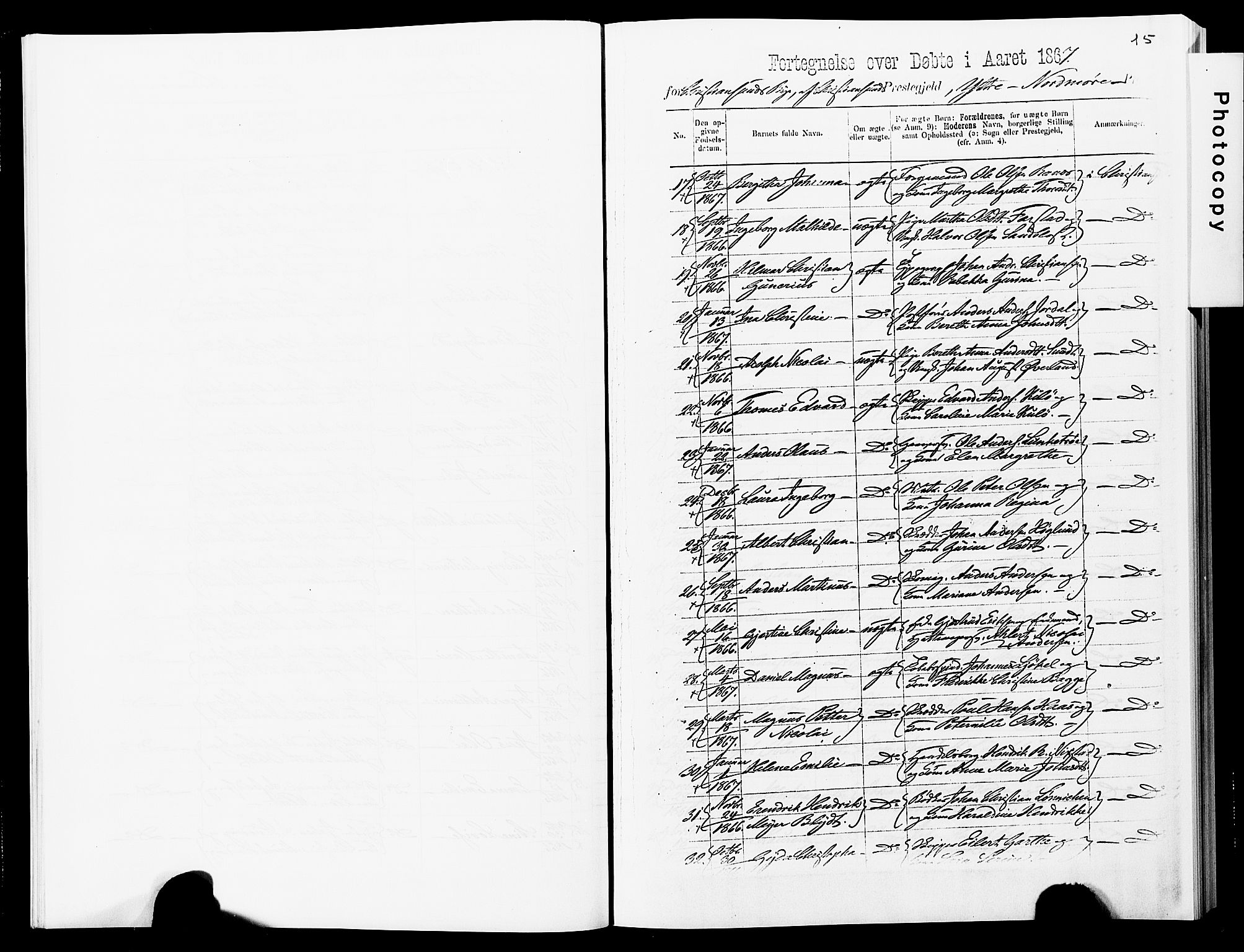 SAT, Ministerialprotokoller, klokkerbøker og fødselsregistre - Møre og Romsdal, 572/L0857: Ministerialbok nr. 572D01, 1866-1872, s. 15