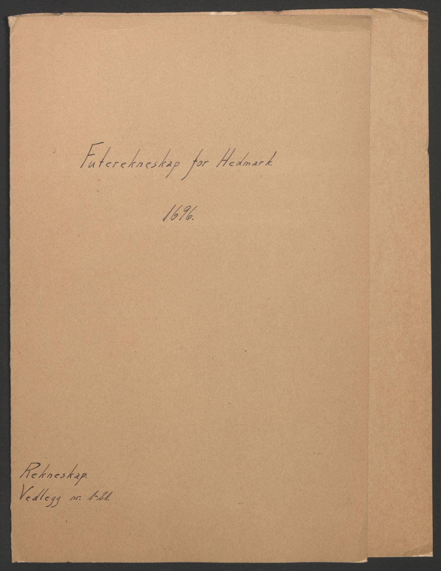 RA, Rentekammeret inntil 1814, Reviderte regnskaper, Fogderegnskap, R16/L1036: Fogderegnskap Hedmark, 1695-1696, s. 257