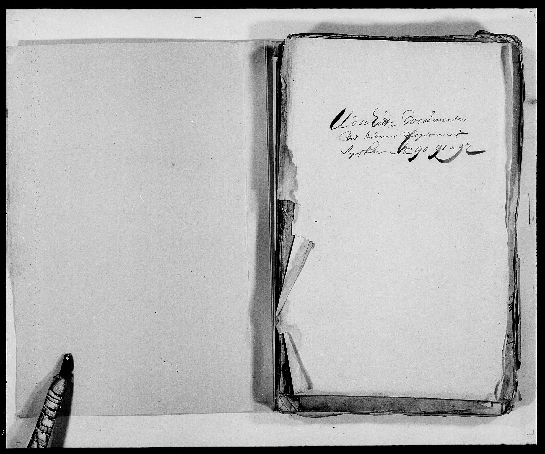 RA, Rentekammeret inntil 1814, Reviderte regnskaper, Fogderegnskap, R39/L2310: Fogderegnskap Nedenes, 1690-1692, s. 2