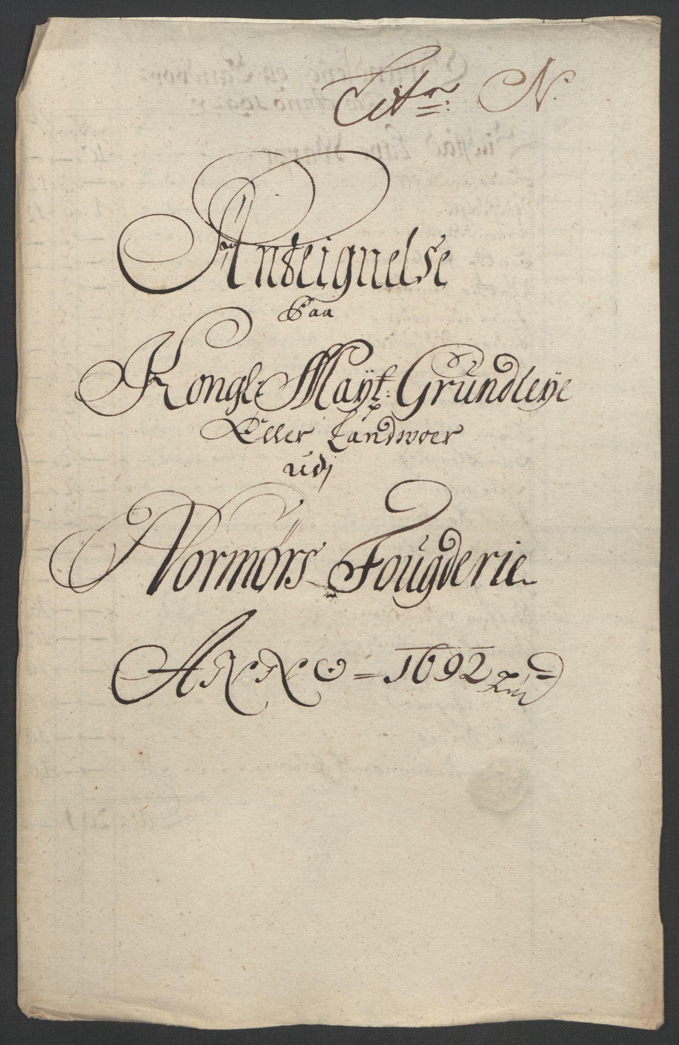 RA, Rentekammeret inntil 1814, Reviderte regnskaper, Fogderegnskap, R56/L3735: Fogderegnskap Nordmøre, 1692-1693, s. 165