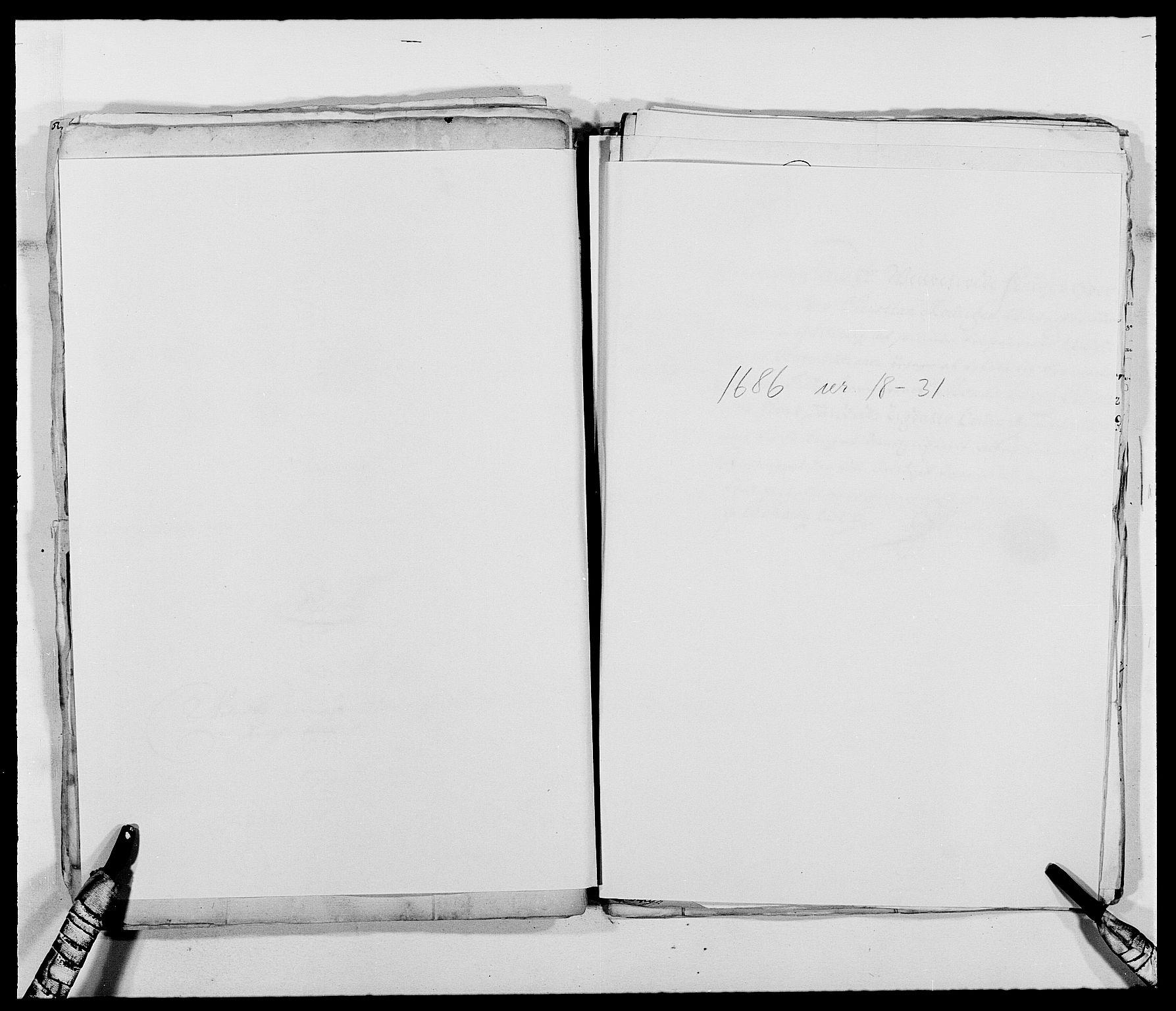 RA, Rentekammeret inntil 1814, Reviderte regnskaper, Fogderegnskap, R39/L2307: Fogderegnskap Nedenes, 1684-1689, s. 89